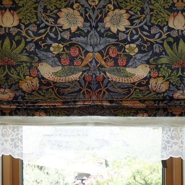 Morris & Co.のカーテンと壁紙を施工しました